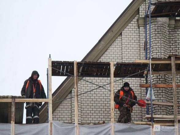 Инъекция для стен: как идет реставрация фасада нижегородской фабрики «Маяк» - фото 37