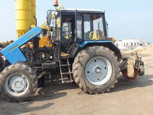 Неопытная автомобилистка протаранила трактор в Автозаводском районе