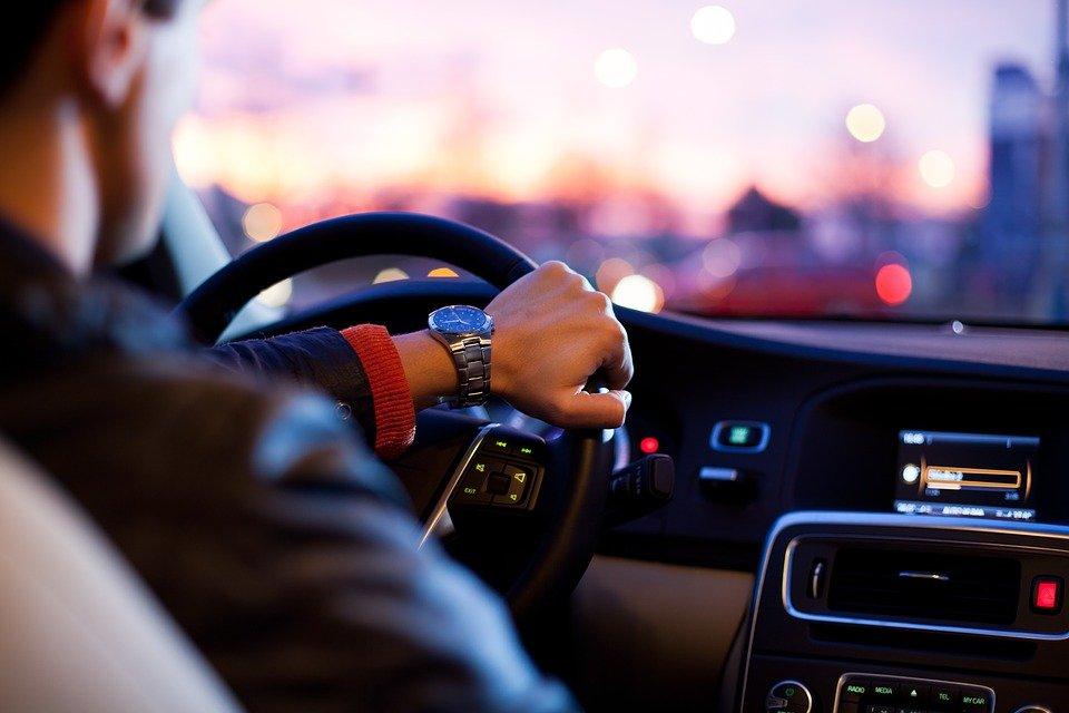 Восемь признаков того, что вам не стоит водить автомобиль - фото 1