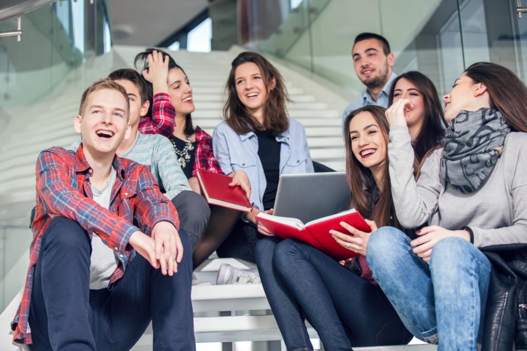 ВШЭ заняла второе место по уровню зарплат выпускников - фото 1