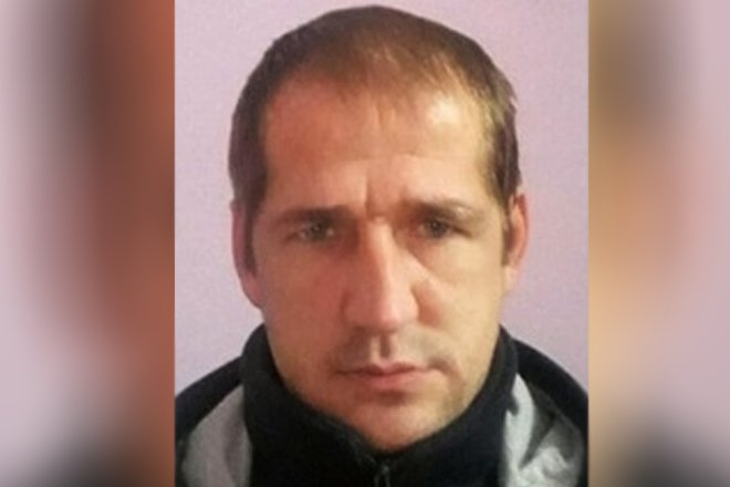 Мужчина со шрамом на лбу сбежал из психоневрологического интерната в Варнавинском районе - фото 1