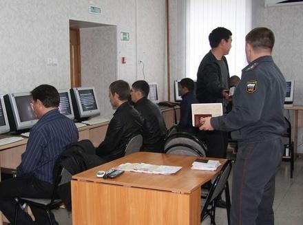 Россияне будут сдавать экзамен на права по новым правилам