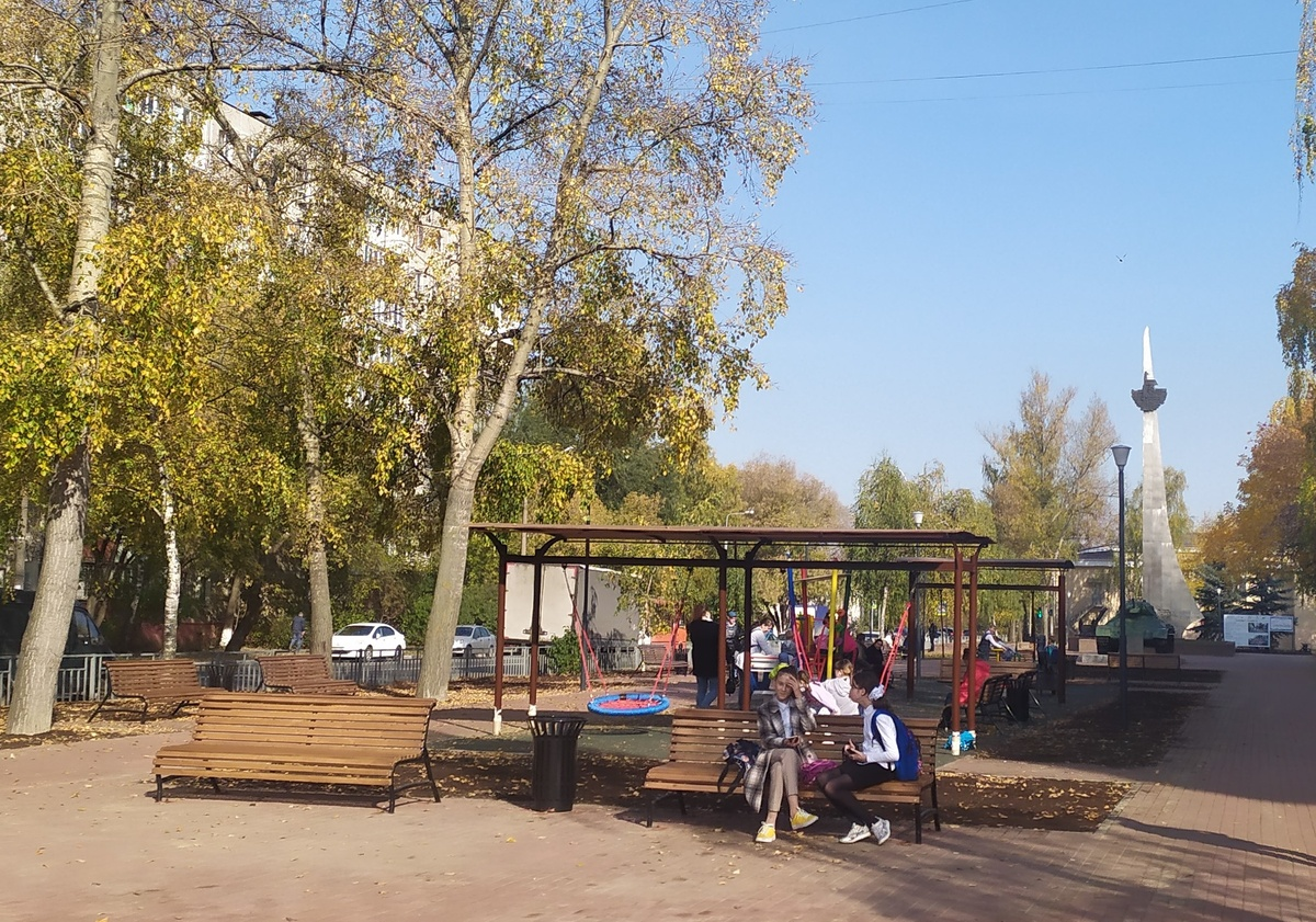 Более 50 скамеек поставят в Сормовском районе - фото 1
