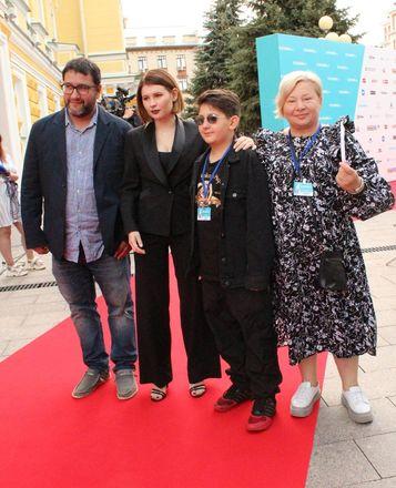 Звезды российского кино приехали в Нижний Новгород на «Горький fest» - фото 17