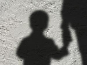 Дзержинец сбежал, чтобы не платить алименты на ребенка