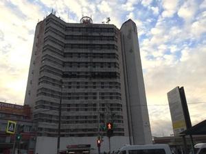 Фасад здания Нижегородского метрополитена начали реконструировать