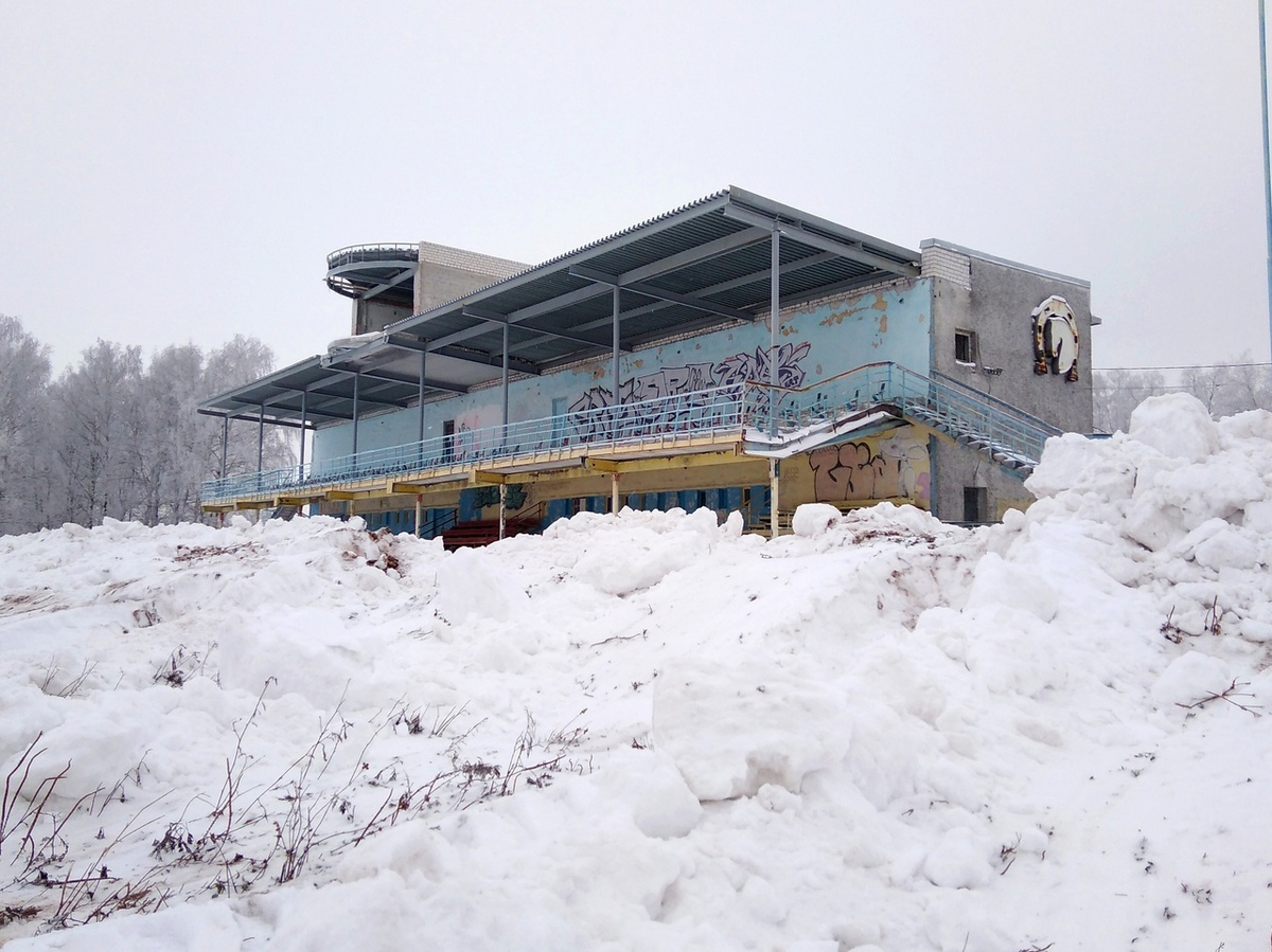 Договор аренды нижегородского ипподрома мебельной компанией был расторгнут спустя 2 месяца - фото 1