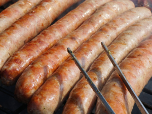 Нижегородцам будет доступна «мгновенная доставка» сосисок и молочной продукции ЕЦМЗ