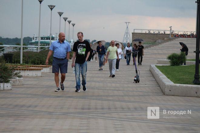 «Столица закатов» без солнца: как прошел первый день фестиваля музыки и фейерверков в Нижнем Новгороде - фото 27