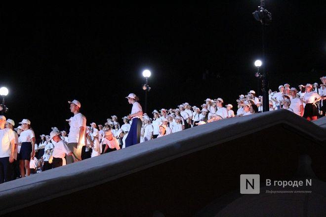 Хор из 800 голосов спел на Чкаловской лестнице - фото 4