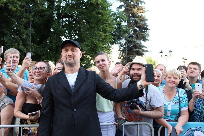 Автографы от звезд и награждение победителей: в Нижнем Новгороде завершился «Горький fest» - фото 23
