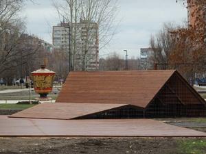 Власти взяли паузу в обсуждении вопроса о застройке сквера на улице Прыгунова