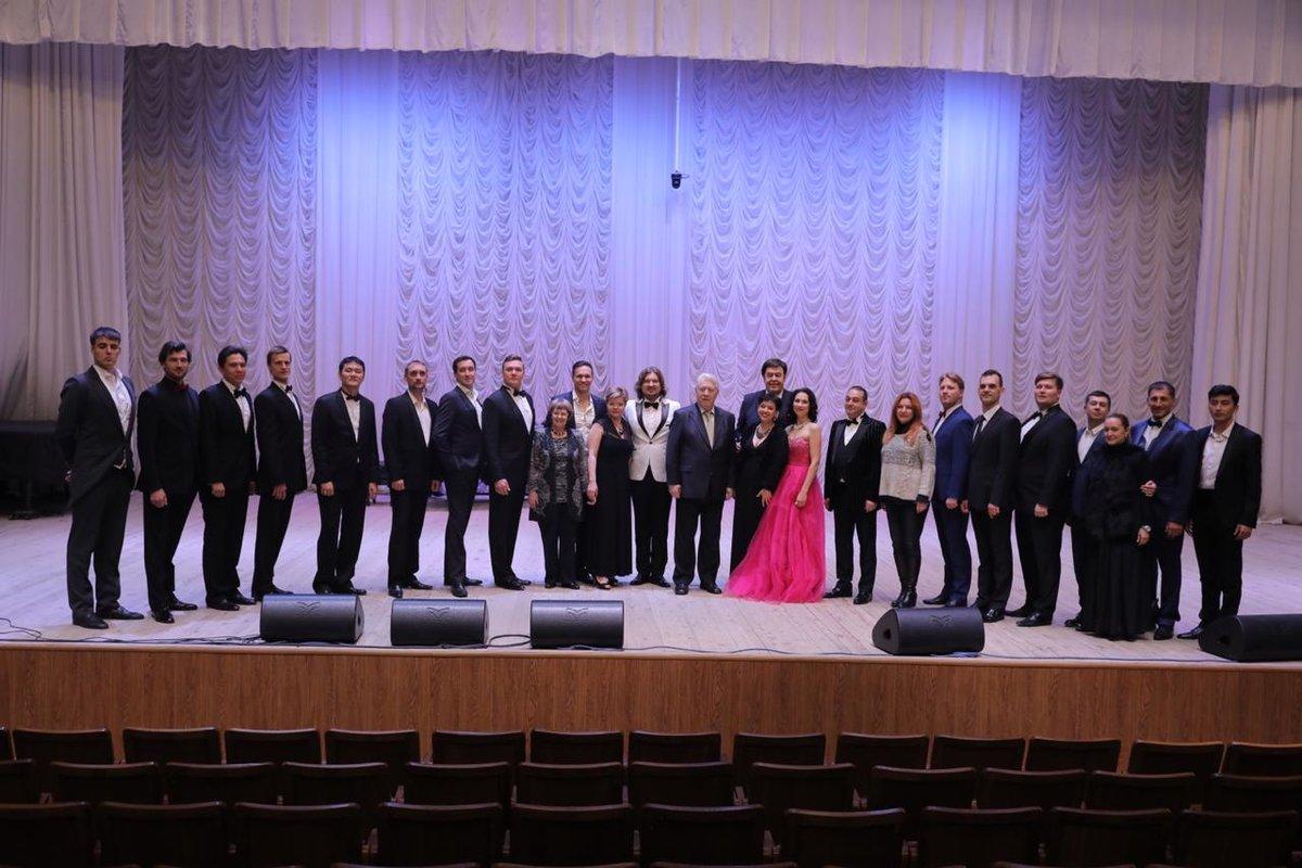 Лев Лещенко назвал имена финалистов конкурса «Русский бас» в Нижнем Новгороде - фото 3