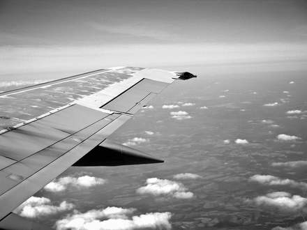 6 способов, которые помогут избавиться от боязни летать на самолетах